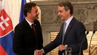 Συνάντηση Μητσοτάκη - Χέγκερ: Ελλάδα και Σλοβακία μπορούν να αναβαθμίσουν τις σχέσεις τους