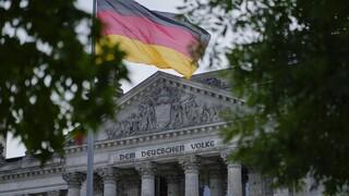 Γερμανία: Επενδύσεις και αύξηση κατώτατου μισθού ζητούν από τη νέα κυβέρνηση τα συνδικάτα
