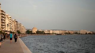 Κορωνοϊός: Στο «κόκκινο» Θεσσαλονίκη, Λάρισα, Χαλκιδική και Κιλκίς - Τι μέτρα ισχύουν