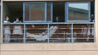 Νοσοκομείο «Αττικόν»: Στο νεκροθάλαμο για 4 μήνες νεκρή από κορωνοϊό