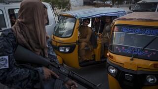 Αφγανιστάν: Τουλάχιστον 32 δημοσιογράφοι τέθηκαν υπό κράτηση από τους Ταλιμπάν