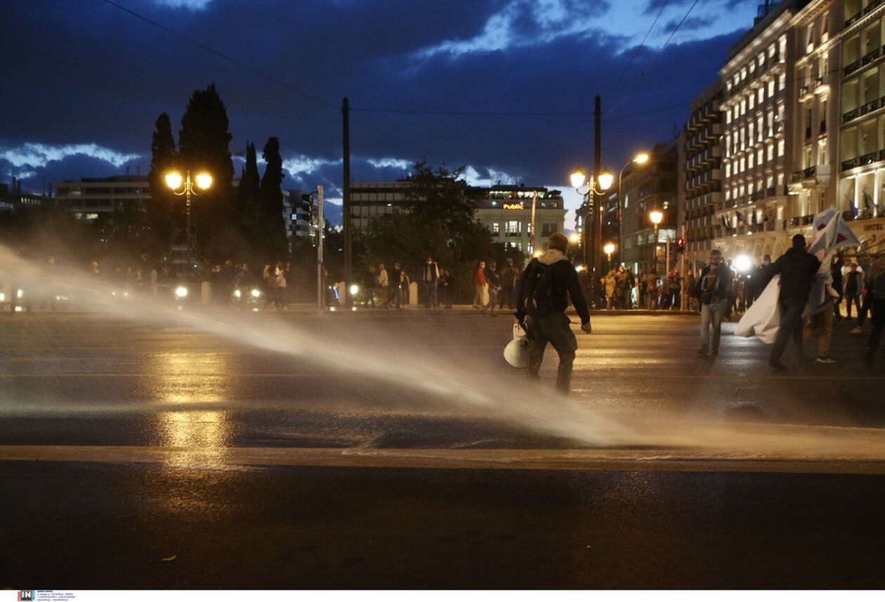 https://cdn.cnngreece.gr/media/news/2021/10/01/283747/photos/snapshot/panekpaideytiko-syllalhthrio-athina-1.jpg