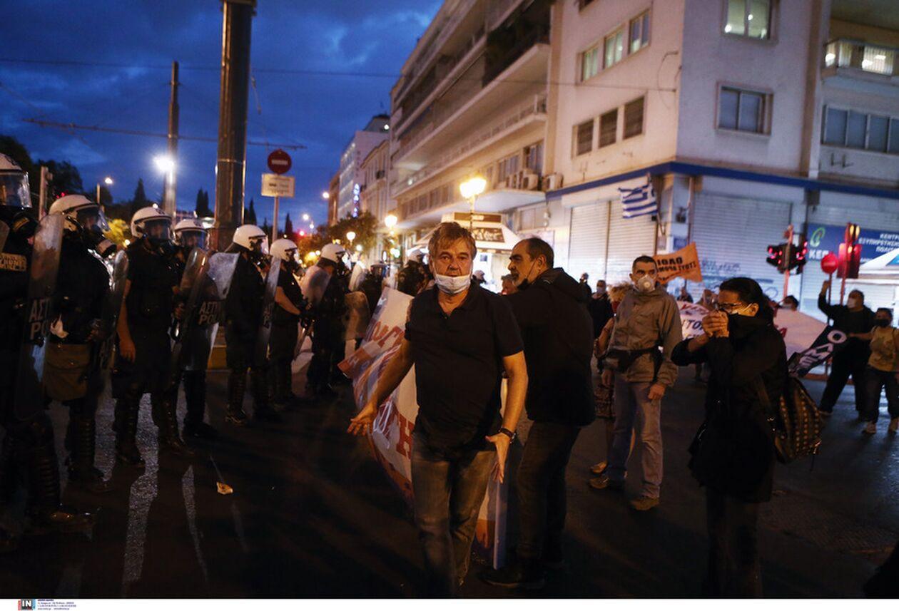 https://cdn.cnngreece.gr/media/news/2021/10/01/283747/photos/snapshot/panekpaideytiko-syllalhthrio-athina-8.jpg