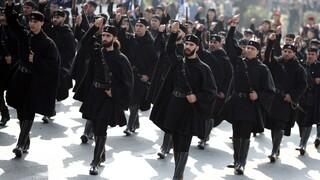 Κορωνοϊός: Προβληματισμός για την παρέλαση της 28ης Οκτωβρίου στη Θεσσαλονίκη