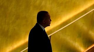 Foreign Policy: Ο Ερντογάν μπορεί να είναι πολύ άρρωστος για να συνεχίσει να ηγείται της Τουρκίας