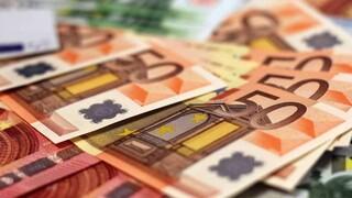 Προσχέδιο Προϋπολογισμού: Πρόσθετοι φόροι 4 δισ. ευρώ για νοικοκυριά και επιχειρήσεις