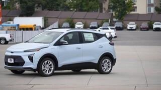 Έκπτωση δαπανών για όσους εγκαθιστούν φορτιστές ηλεκτροκίνητων οχημάτων