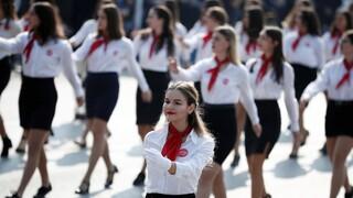 Κορωνοϊός – Βασιλακόπουλος: Παρελάσεις με μάσκες, μόνο εμβολιασμένοι στο κοινό