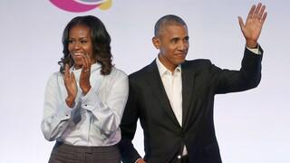 Τότε και τώρα: Οι Ομπάμα θυμούνται και γιορτάζουν 29 χρόνια γάμου (pics)