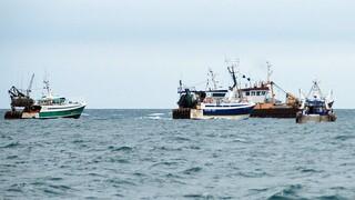 Brexit και «ναυμαχία» της αλιείας: Γαλλική οργή κατά Βρετανίας και προειδοποιήσεις
