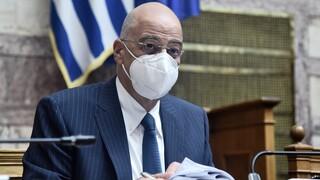Βουλή: «Άδειασε» ο Νίκος Δένδιας τον Μπογδάνο για εμφυλιοπολεμικές κορόνες