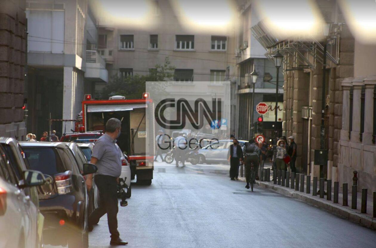 https://cdn.cnngreece.gr/media/news/2021/10/06/284363/photos/snapshot/fotia3.jpg