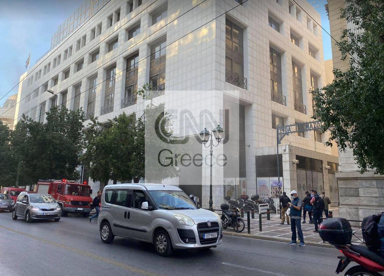 https://cdn.cnngreece.gr/media/news/2021/10/06/284363/photos/snapshot/fotia4.jpg