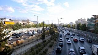Στο «κόκκινο» η κίνηση στους δρόμους της Αθήνας: Πού παρατηρούνται προβλήματα
