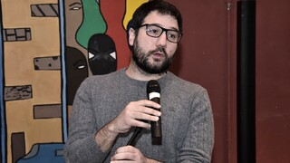 Ηλιόπουλος: Αύξηση κατώτατου μισθού και μείωση ειδικών φόρων τα ουσιαστικά μέτρα για την ακρίβεια