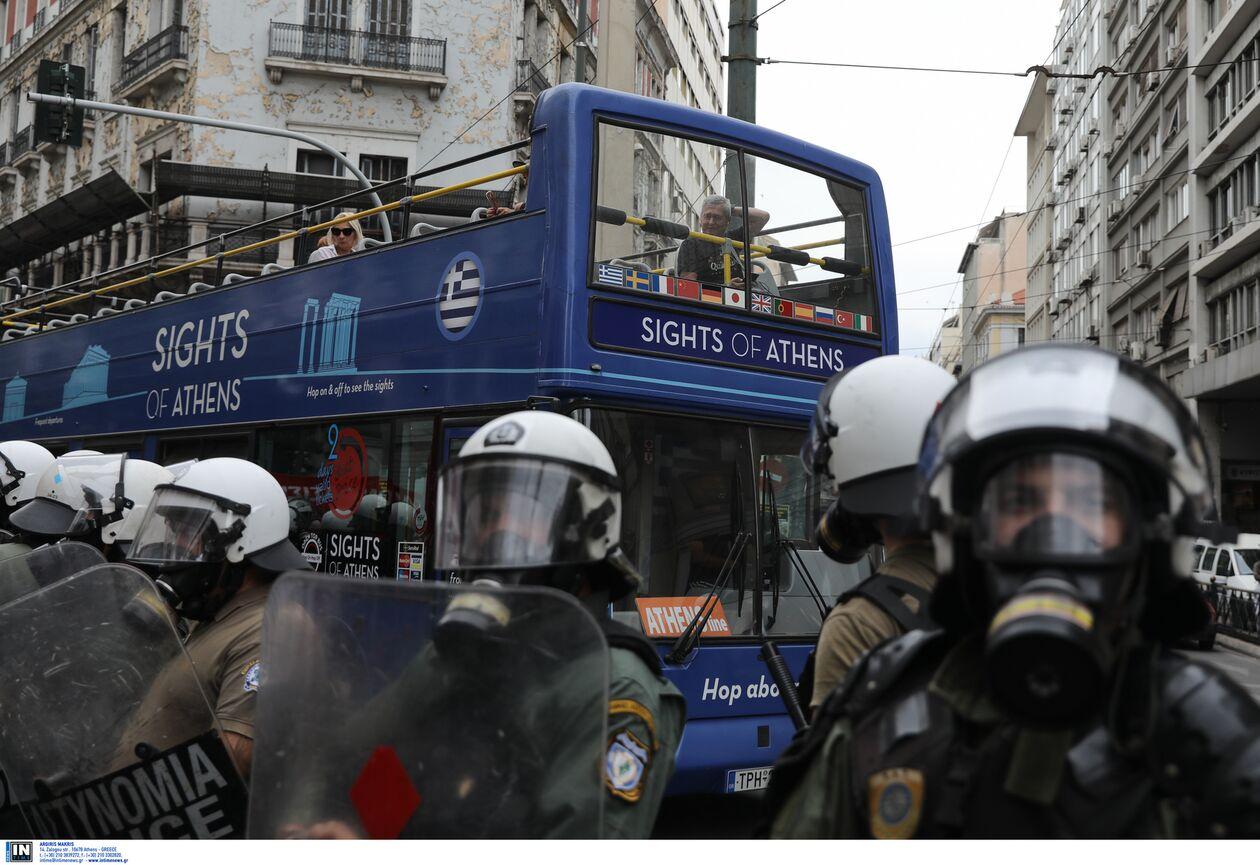 https://cdn.cnngreece.gr/media/news/2021/10/09/284726/photos/snapshot/antifasistiko10.jpg