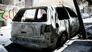 Φωτιά σε απορριμματοφόρο: Θα αποζημιωθούν οι ιδιοκτήτες των 11 αυτοκινήτων που κάηκαν