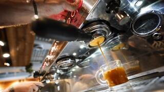 Θα γίνει ο καφές πιο ακριβός από τον αστακό; Πιθανώς, και αυτό δεν είναι λογοπαίγνιο