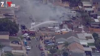 ΗΠΑ: Μικρό αεροσκάφος κατέπεσε στην Καλιφόρνια - Σπίτια τυλίχτηκαν στις φλόγες