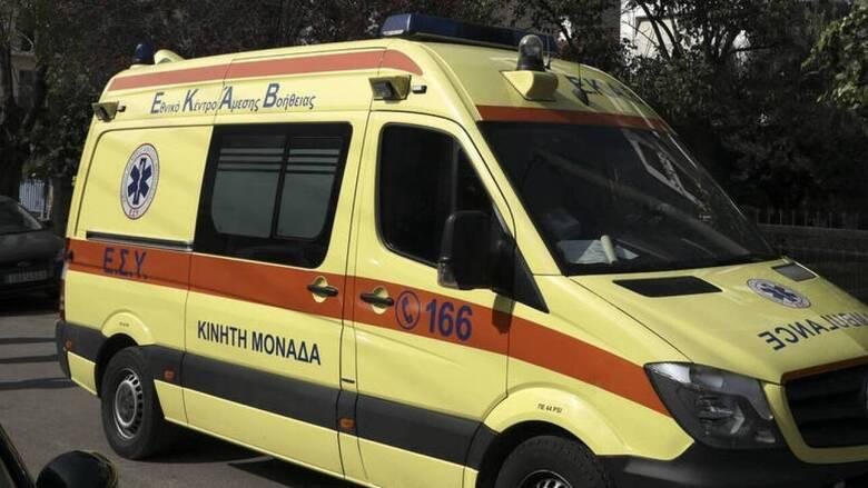 Λάρισα: Σε κρίσιμη κατάσταση 16χρονος που έπεσε από τον 4ο όροφο πολυκατοικίας