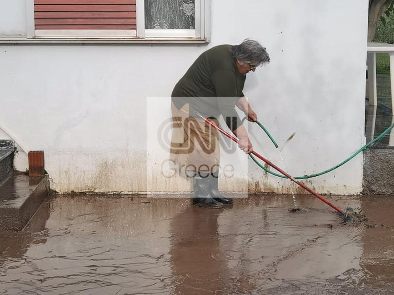 https://cdn.cnngreece.gr/media/news/2021/10/12/285118/photos/snapshot/agia-anna2.jpg