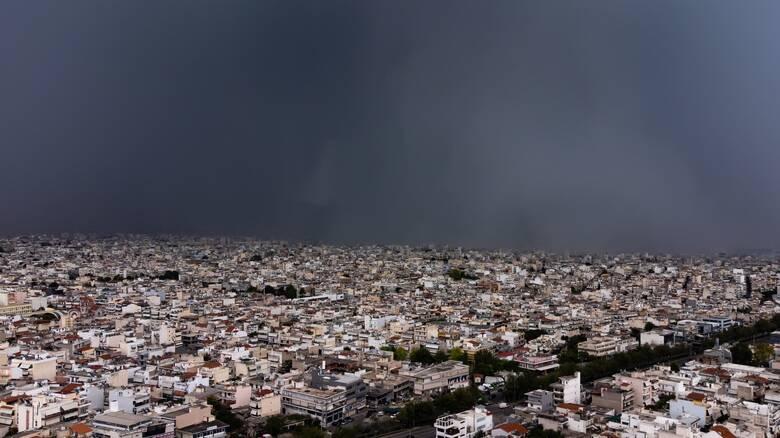 Καιρός: Βροχές και τοπικές καταιγίδες σχεδόν σε ολόκληρη τη χώρα