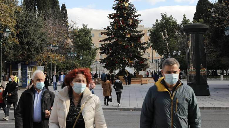 Κορωνοϊός - Τζανάκης: Θα έχουμε περίπου 2.700 θανάτους ως τα Χριστούγεννα