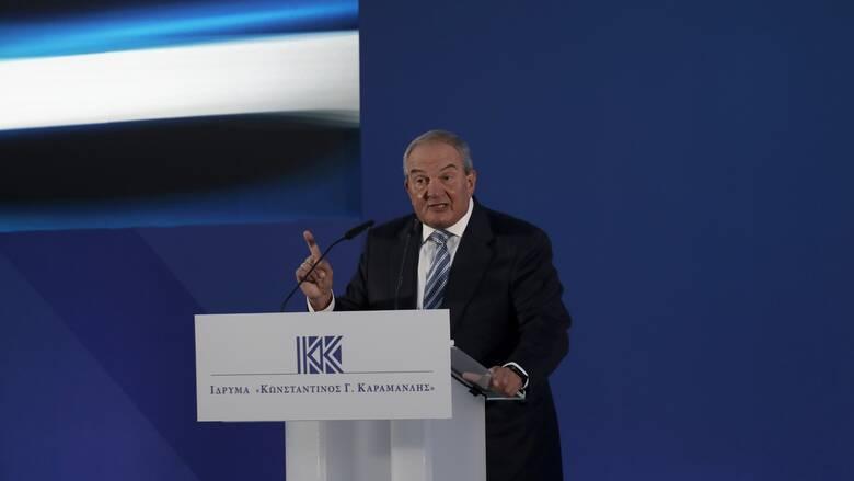 Καραμανλής: Η ΕΕ οφείλει να επιβάλει κυρώσεις σε εξόφθαλμα επιθετικές συμπεριφορές της Τουρκίας
