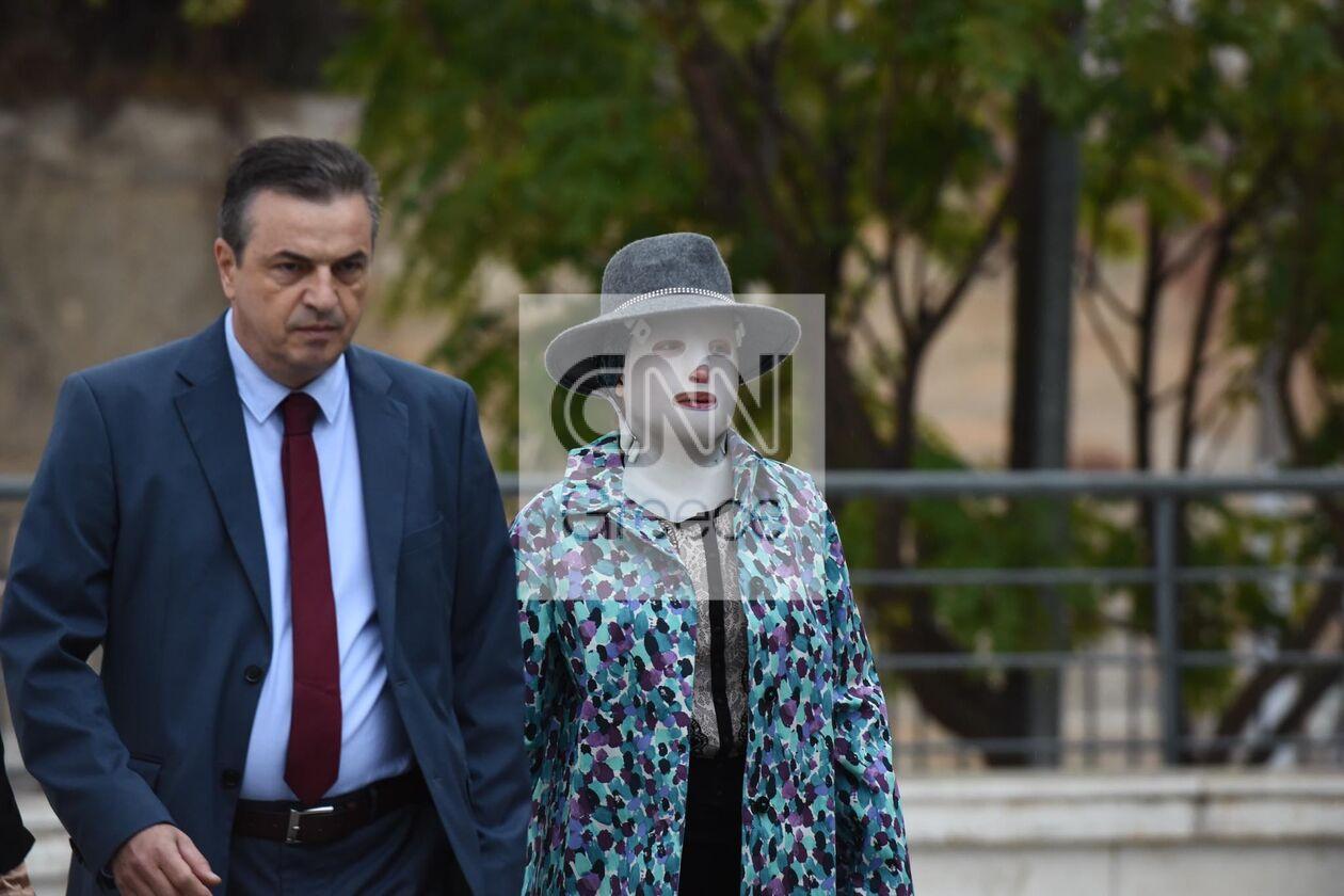 https://cdn.cnngreece.gr/media/news/2021/10/14/285289/photos/snapshot/diki-bitrioli-1.jpg