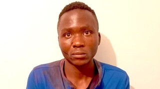 Συναγερμός στην Κένυα: Δραπέτευσε επικίνδυνος serial killer παιδιών – Νάρκωνε και έπινε το αίμα τους