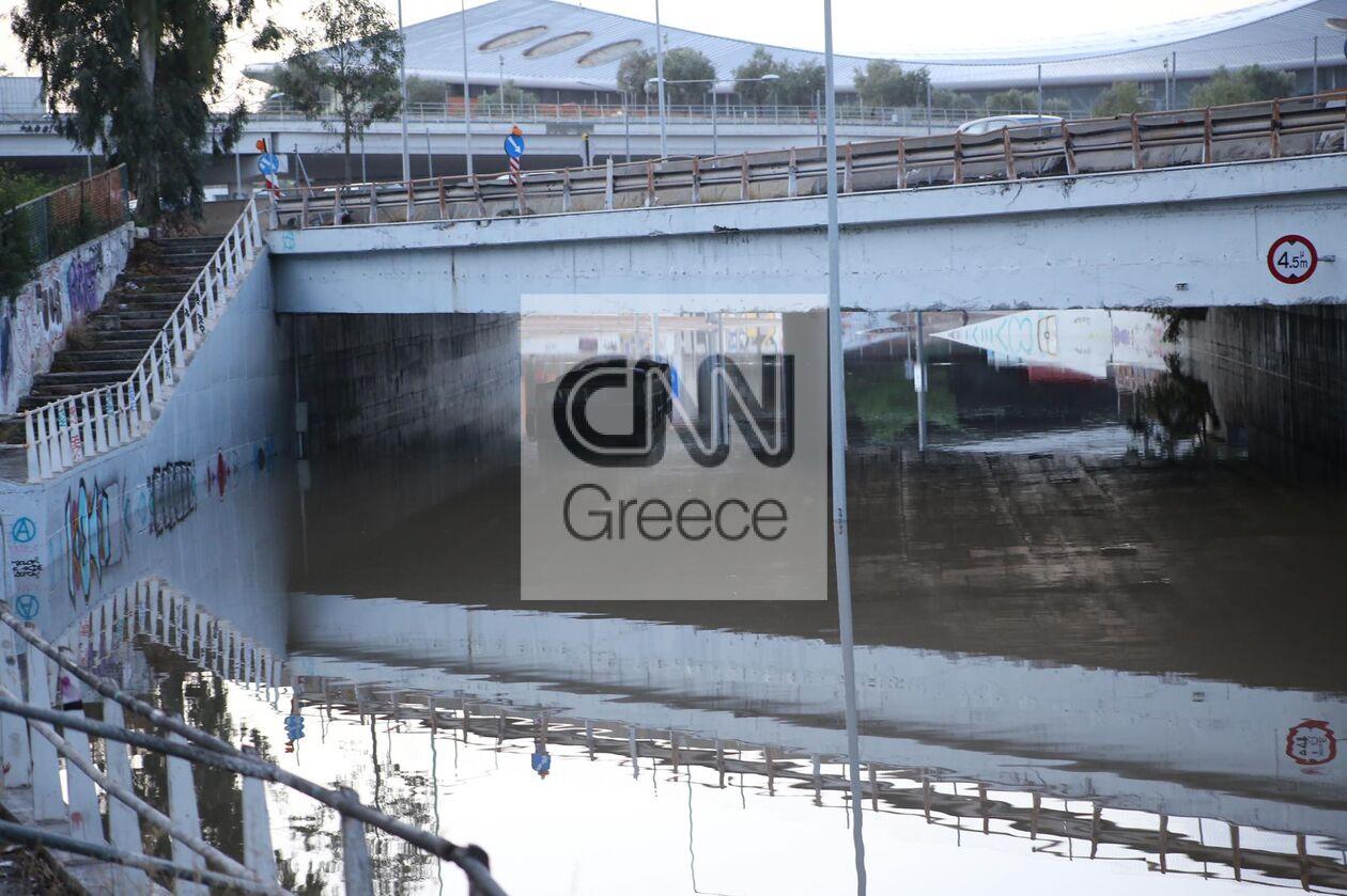https://cdn.cnngreece.gr/media/news/2021/10/15/285409/photos/snapshot/ballos_Attiki_spyros-3.jpg
