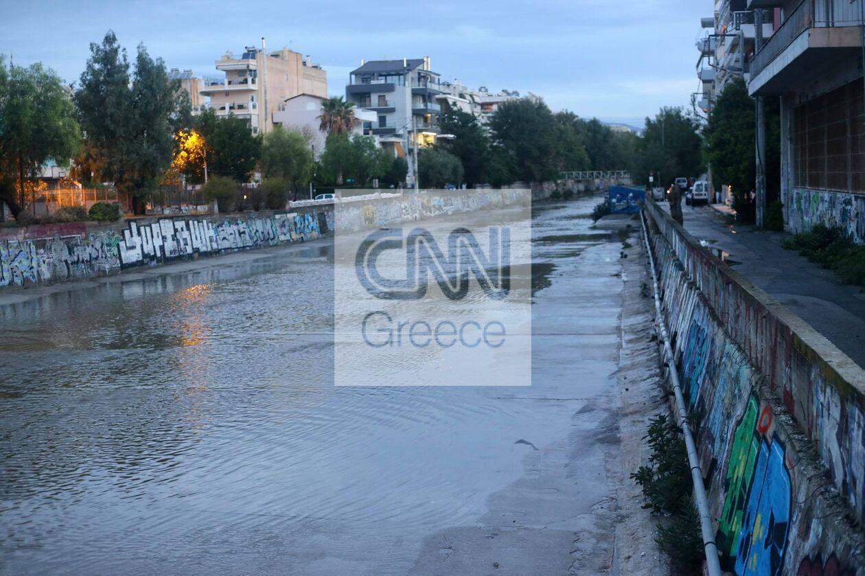 https://cdn.cnngreece.gr/media/news/2021/10/15/285409/photos/snapshot/ballos_Attiki_spyros-6.jpg