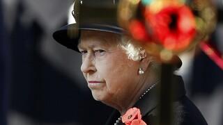 Ενοχλημένη η βασίλισσα Ελισάβετ με τους ηγέτες «που μιλούν, αλλά δεν πράττουν» για το Κλίμα