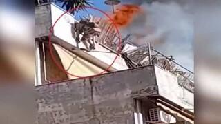 Φωτιά σε διαμέρισμα στον Κολωνό: Ένοικος πηδά από το μπαλκόνι για να σωθεί