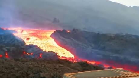 Λα Πάλμα: Ασταμάτητη η λάβα από το ηφαίστειο απειλεί σπίτια