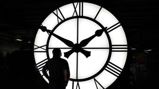 Αλλαγή ώρας 2021: Πότε γυρίζουμε τα ρολόγια μας μια ώρα πίσω