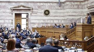 Βουλή: «Μάχη» κορυφής για τους κυβερνητικούς χειρισμούς αντιμετώπισης της πανδημίας