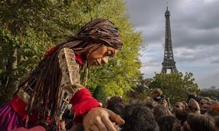 Η Αμάλ έφτασε στο Καλαί, προτελευταίο σταθμό της «Οδύσσειάς» της στην Ευρώπη