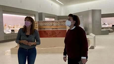 Η Λίνα Μενδώνη στο υπό κατασκευή Αρχαιολογικό Μουσείο των Χανίων
