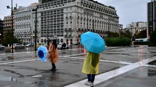 Καιρός: Hλιοφάνεια πριν την καταιγίδα - Επιδείνωση με βροχές από την Παρασκευή