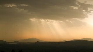 Καιρός: Αρχικά αίθριος, από το βράδυ επιστρέφουν οι βροχές
