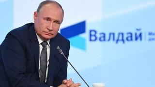 Πούτιν: Απειλή για τη Ρωσία η στρατιωτική στήριξη της Ουκρανίας από τη Δύση