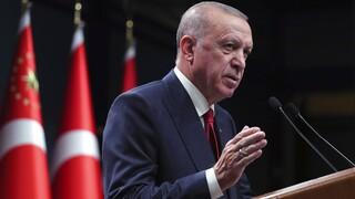 Ερντογάν: Ανεπιθύμητα πρόσωπα οι 10 πρέσβεις που ζήτησαν αποφυλάκιση του Οσμάν Καβάλα