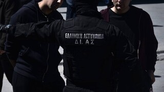 Συμπλοκή στο Πέραμα: Νέο βίντεο από την αιματηρή καταδίωξη με έναν νεκρό