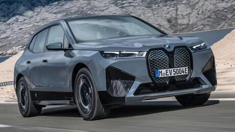 Τα νέας γενιάς ηλεκτρικά της BMW, η i4 και η iX4, έχουν μεγάλη ισχύ και αυτονομία