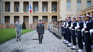 Ελληνογαλλική συμφωνία: Συνάντηση Φλώρου με τον Γάλλο ομόλογό του στο Παρίσι