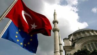 Νέα τριβή στις σχέσεις Δύσης-Τουρκίας με φόντο τις απελάσεις πρέσβεων λόγω Οσμάν Καβάλα
