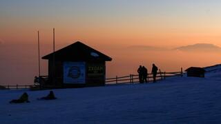 Αρχίζει η λειτουργία του σαλέ στη βάση του χιονοδρομικού κέντρου Βόρα - Καϊμάκτσαλαν