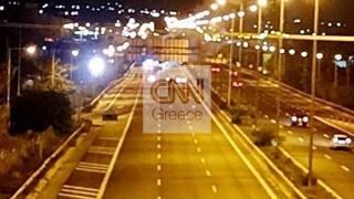 Νέα ένταση στα Μέγαρα για τον θάνατο του νεαρού Ρομά - Κλειστή η Εθνική οδός Αθηνών-Κορίνθου