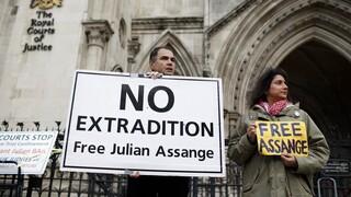 Βρετανία - Οι συνήγοροι του Τζούλιαν Ασάνζ προειδοποιούν: Θα αυτοκτονήσει εάν εκδοθεί στις ΗΠΑ
